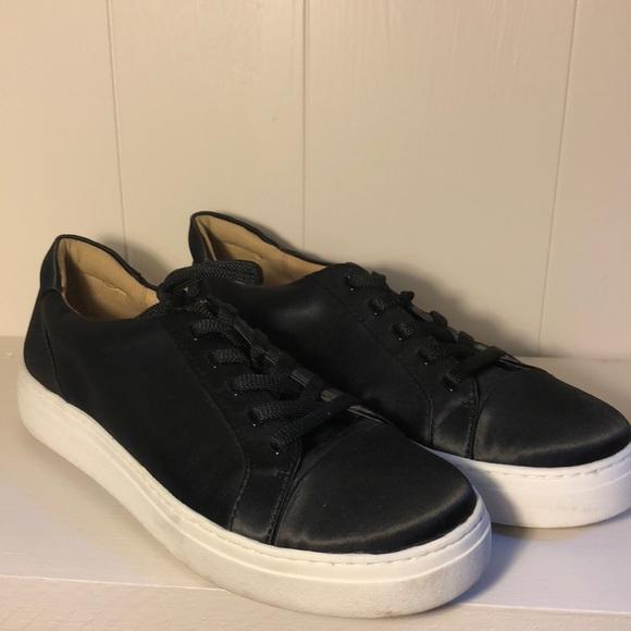 Naturalizer Cairo Shoes Black Satin